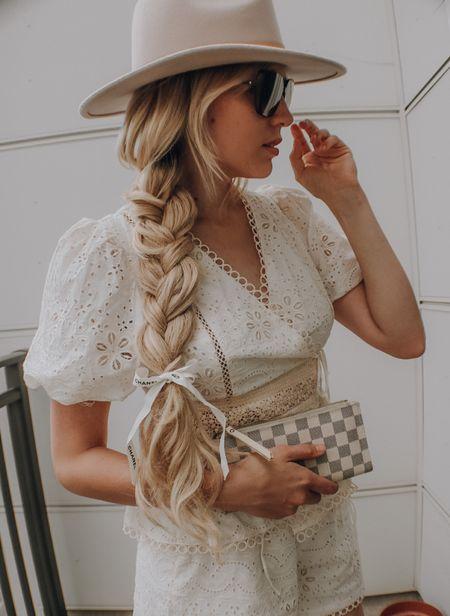 Neutral outfit for fall 🍁  #LTKSeasonal #LTKSale #LTKstyletip