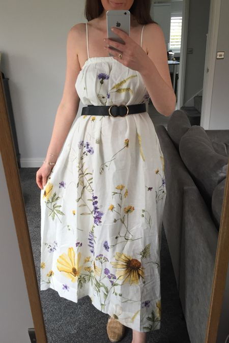 Summer outfit, summer trends, summer 2021, H&M floral dress, H&M floral skirt, H&M floral maxi dress, yellow, yellow jumper, knitwear, spring knitwear, spring transition outfit, H&M, H&M jumper, H&M jeans, knitwear outfit, joggers outfit, lilac outfit, lilac joggers, Lee jeans, H&M floral skirt, floral dress http://liketk.it/3erBK #liketkit @liketoknow.it @liketoknow.it.europe #LTKeurope #LTKstyletip #LTKunder50