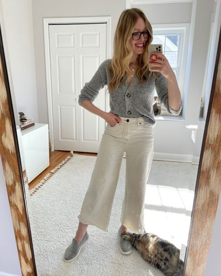 I'm not normally a fur person, but I'm into this one. // Shop your screenshot of this pic with the LIKEtoKNOW.it shopping app http://liketk.it/37bF8 #liketkit @liketoknow.it #LTKunder100 #StayHomeWithLTK #LTKSeasonal #momiform #cozyathome #weekendlook #momswithstyle