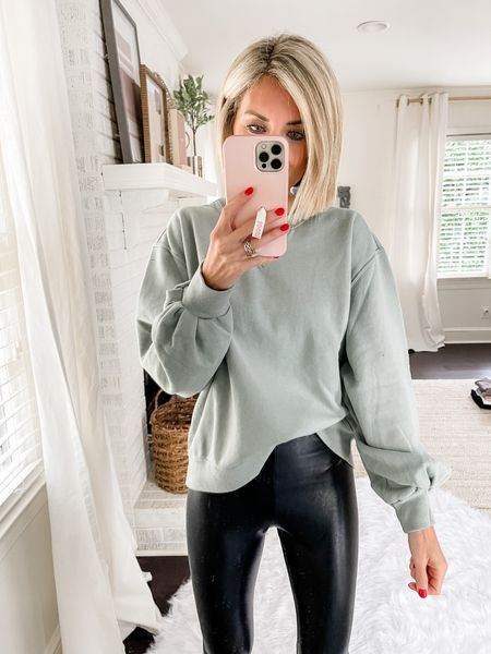 I love the color of this Abercrombie crew sweatshirt! Loverly Grey has paired this with a legging.   #LTKstyletip