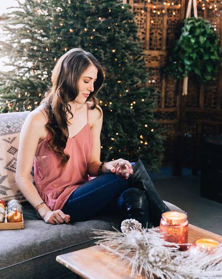 Although it's been said many times, many ways, a very Merry Christmas to you! 🎅🏼 http://liketk.it/2u0lu @liketoknow.it  #liketkit  📷: @feylasala