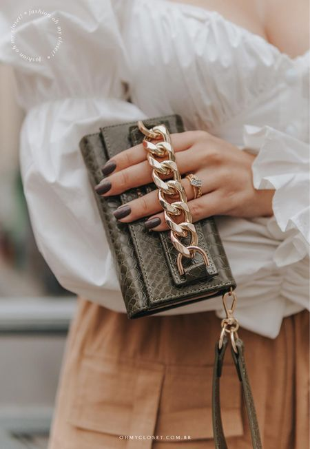 Get the Studio Clutch in green snake for 50% less until the 13th! Use code blogohmycloset for an extra 5% off. 🤎    #LTKunder100 #StayHomeWithLTK #LTKstyletip @liketoknow.it #liketkit http://liketk.it/33FPy