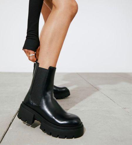 Run! Don't walk to get these fall must-have Platform Chelsea-style Boots from H&M!   #LTKshoecrush #LTKSeasonal #LTKstyletip