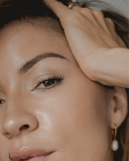 My brow routine only has two products and is easily achieved with a steady hand and practice... Shop your screenshot of this pic with the LIKEtoKNOW.it shopping app http://liketk.it/338ab #liketkit @liketoknow.it