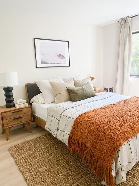 Cozy mountain mast bedroom   #LTKSeasonal #LTKhome