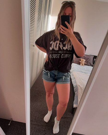 Love how graphic tees are making a comeback 🥰 this is actually Extra Large, bought it primarily to sleep in during the summer but surprisingly does well for casual outings too. Here I tied it on a side ♡  #graphictee #denim #shorts #casual #oversized #acdc #rockstar #affordable #everydaystyle #polishgirl #liketkit @liketoknow.it http://liketk.it/3gTr7 #LTKDay #LTKunder50