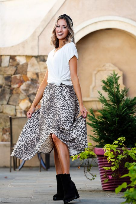 Cheetah skirts I love! Nordstrom finds! They can be used to style a look similar to this! @liketoknow.it #liketkit http://liketk.it/30CK0