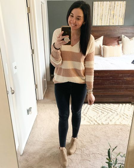 I started watching The One on Netflix during my workouts and I'm really liking it! Anyone else watching?  My sweater is on sale and comes in a couple other colors! It's perfect for transitioning to spring. Check it out here: http://liketk.it/3bhZZ #liketkit @liketoknow.it