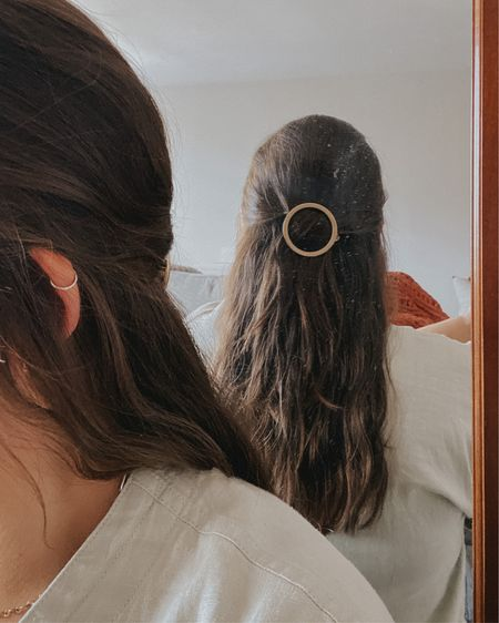 Gold hair clip | vintage hair clip | half up hair   http://liketk.it/3hwKs @liketoknow.it #liketkit #LTKbeauty #LTKstyletip #LTKsalealert