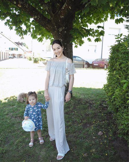這一身衣服的質料穿起來很舒適 輕飄飄的🕊 夏天穿這樣的長褲也不會覺得熱  更多露肩上衣款式👇🏻  http://liketk.it/2T5GO    #liketkit @liketoknow.it #outfit #ootd #motherdaughter #diorsaddlebag #kidootd #saddlebag #zarakid #zarawoman