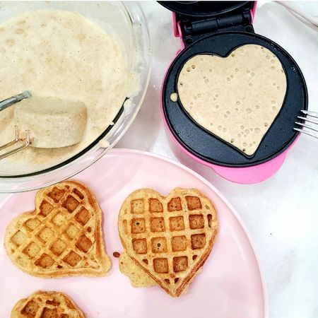 Breakfast 💗. { http://liketk.it/3asnm } @liketoknow.it #liketkit #LTKhome @liketoknow.it.home