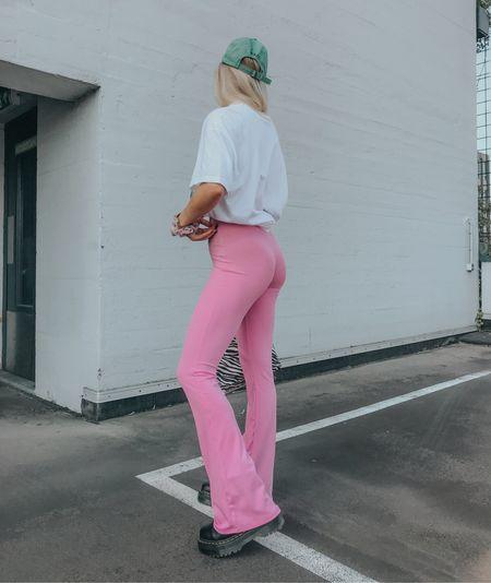 Pink flared pants 🌸💕 #pinkstyle #pink #missguided  #LTKSeasonal #LTKstyletip #LTKeurope