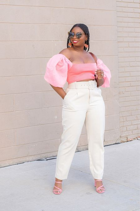Love a good summertime look. These neutral pants and colorful top are the perfect pair.    #LTKunder100 #LTKsalealert #LTKstyletip