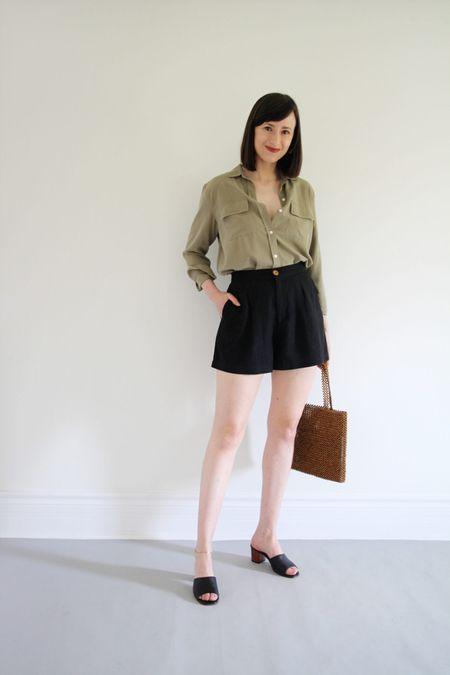 Style Theme - Shorts -  Look 6  Shirt - Everlane - TTS Shorts - Na Nin Sandals - old  Bag - Old