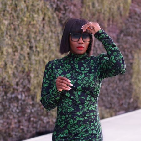Just here to wish you a happy Friday 💚. A flashback Friday photo because I love this dress and having a bit of a green thing as of late. Cheers ✌🏾. ___ Dress linked via the @liketoknow.it app. http://liketk.it/3dDLQ #liketkit #springfashion