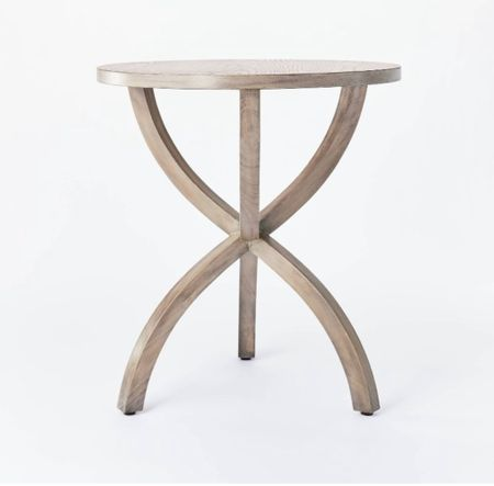 Affordable Side table + chairs
