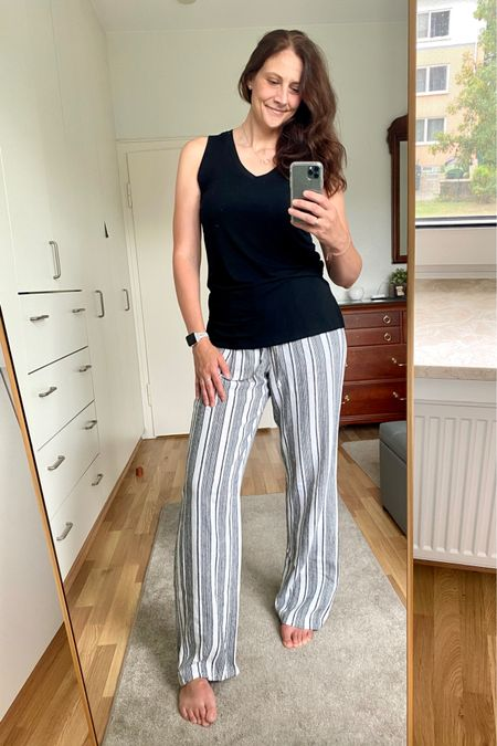 """CLEARANCE ALERT 🚨  only $14 !!!!! light weight, dressy, casual, comfortable; these pants are all of the above!  the best part is these pants start with a 34"""" inseam, but let out the hem and instantly gain another 4""""!!!! 🙌 #LTKsummer #LTKunder25"""