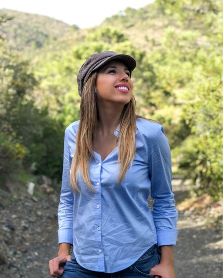 Fall casual outfit for a day in the woods.  I am wearing a blue cotton shirt with blue denim jeans and a baker boy gray hat.  My blue and silver earrings are from ASOS.  I am wearing rain Hunter boots from Nordstrom.  Enjoy Fall days! .....  Screenshot this pic to get shoppable product details with the LIKEtoKNOW.it shopping app http://liketk.it/2XHoM   @liketoknow.it @liketoknow.it.europe  .....  #liketkit #LTKeurope #LTKunder100 #LTKunder50