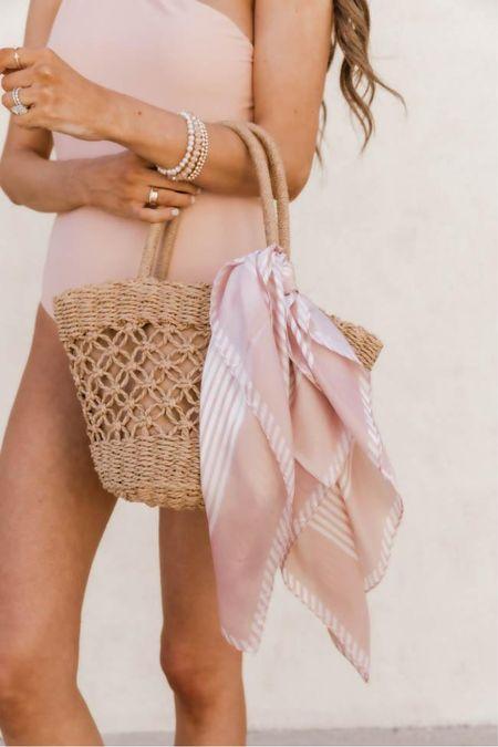 Pink Lily fashion finds! Click the products below to shop! Follow along @christinfenton for new looks & sales! So excited you are here with me! @shop.ltk #liketkit 🤍 XoX Christin 🥰   #LTKstyletip #LTKshoecrush #LTKcurves #LTKitbag #LTKsalealert #LTKwedding #LTKfit #LTKworkwear #LTKunder50 #LTKunder100 #LTKbeauty #LTKGifts #LTKSale #LTKHoliday