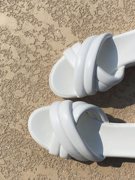 Platform sandals   #LTKshoecrush