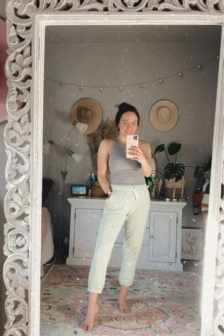 Pastel green joggers from Everlane. Comfy work from home outfit 💚 Wear size XS, true to size.   @liketoknow.it http://liketk.it/3f0vq #liketkit #LTKfit #LTKunder100