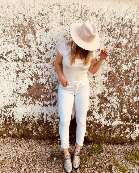 Summer whites🤍found this outfit on sale over the weekend http://liketk.it/2RxAq #liketkit #LTKstyletip #LTKshoecrush @liketoknow.it