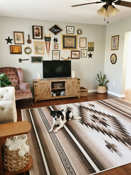 Our amazing machine washable living room rug is 20% off today! Use code BFCM20 ❤️❤️❤️ comes in a wide range of sizes too. 😍  #LTKsalealert #LTKgiftspo #LTKhome