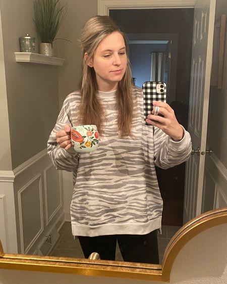 AE Aerie, Oversize Sweater, Leggings, Offline Leggings, Favorite Leggings, Coffee Mug, Mom Outfit, Mom Life http://liketk.it/38yWE #liketkit @liketoknow.it