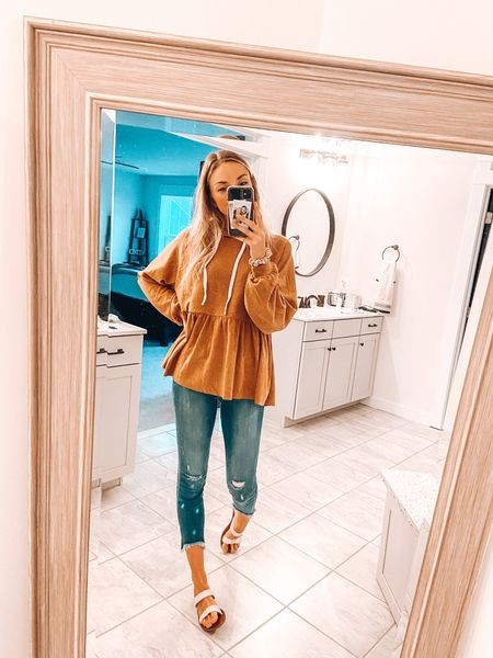 Comfy fall transition outfit for running errands!   #LTKshoecrush #LTKstyletip #LTKSeasonal