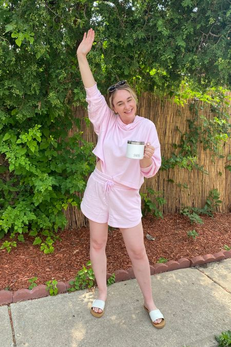 My summer uniform right now. Pink cropped sweatshirt and shorts from Fabletics. Made from recycled plastic bottles! http://liketk.it/3hr6G #liketkit @liketoknow.it #LTKunder100 #LTKstyletip #LTKtravel You can instantly shop all of my looks by following me on the LIKEtoKNOW.it shopping app