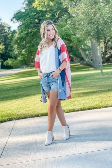 Patriotic gear is 30% off this weekend only at Pink Lily. Love this American flag kimono!    http://liketk.it/3hU8J #LTKsalealert #LTKstyletip #LTKshoecrush #liketkit @liketoknow.it