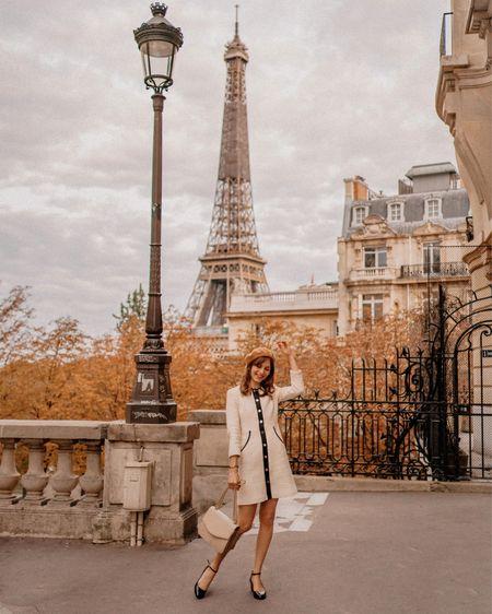 { Autumn in Paris 🍁🍂🧡 J'adore l'avenue de Camoëns qui offre une vue imprenable sur la Tour Eiffel (et qui est bien moins fréquentée que le Trocadéro) Vous connaissez cette rue ? A l'automne, les arbres prennent de superbes teintes orangées et la vue est d'autant plus belle 🍂 C'était la première fois que j'y allais à cette saison et 😍😍😍  #frenchstyle #avenuedecamoens #parisianstyle #eiffeltower #parisianlife #parisianvibes }  http://liketk.it/2ZYd3 #liketkit @liketoknow.it