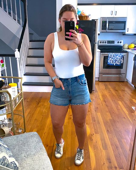 My new favorite denim shorts! Love the slit on the side for extra booty and leg room! Download the LIKEtoKNOW.it shopping app to shop this pic via screenshot #liketkit @liketoknow.it http://liketk.it/3dYEK