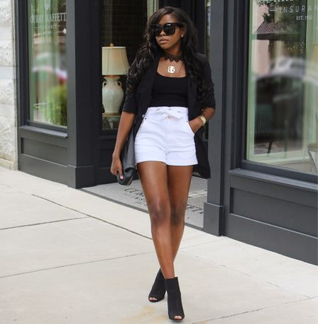 I love a black blazer and white shorts! So classic!   #LTKstyletip