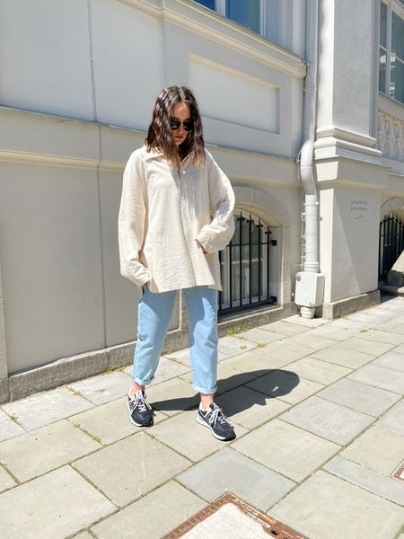 casual jeans look with an oversized shirt   #LTKstyletip #LTKeurope #LTKDay