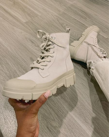 These Treasure & Bond booties are perfect for fall! The combat boot will be a major trend and add edge to your outfit. Score these on the Nordstrom Anniversary Sale for $69.90 right now 🙌🏽  Runs true to size and very comfortable. Another plus is that they are lightweight too!  #Nsale  #LTKshoecrush #LTKsalealert #LTKSeasonal