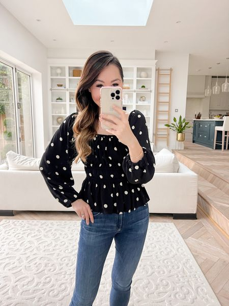 This top is 😍 The perfect polka top blouse - love the volume sleeves so much!   I took an XS ❤️