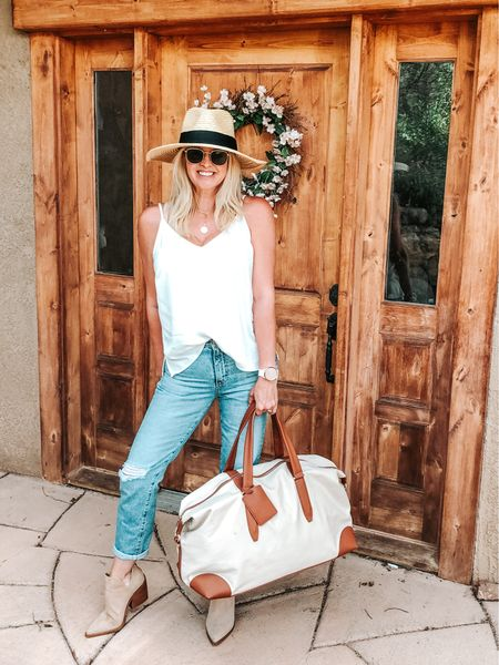 Road Trip! Travel outfit. Weekend outfit. #traveloutfit #roadtrip #luggage #travel   #LTKstyletip #LTKshoecrush #LTKtravel