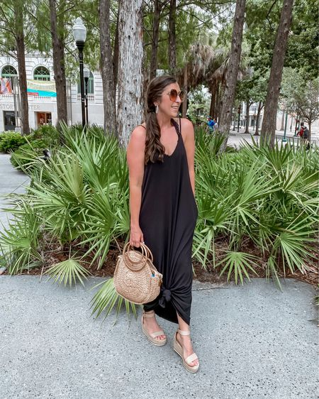 Just remembering the palm trees 🌴 & ocean 🌊 breezes...  This adorable v-neck pocket maxi from @liamandcompany was ideal for travel...literally felt like I was wearing pajamas! Comes in a rainbow of colors and sizes small to 3X.  Use my code STEPHSSTYLE to save 20%! Link in BIO.  You can shop the rest of my looks one of these easy ways!  1️⃣ Click the link in my Profile 2️⃣ DM me for any links 💕 3️⃣ Screenshot a look for the @liketoknow.it app 4️⃣ Follow me @stephstyle101 on the FREE @liketoknow.it app to get all the shopping details of this outfit and all my other outfits.  http://liketk.it/3jvf3 #liketkit #LTKstyletip #LTKshoecrush #LTKsalealert   #businessmama #supportsmall #girlboss #instafashion #smallbusiness #shopsmallbusiness #supportsmallbusiness #smallbusinessowner #mamafashion #mamafashionista #instamama #imwearingliamandco #liamandcompany #liamandco #liamcolove #cincinnatiinfluencer #instagood #summeroutfit #beachvibes #wedgesandals