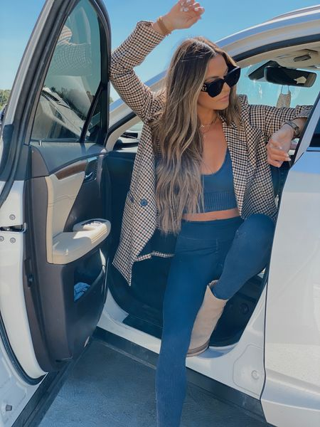 Road trip attire - obsessed with this set & this jacket I'll be wearing with everything all fall !