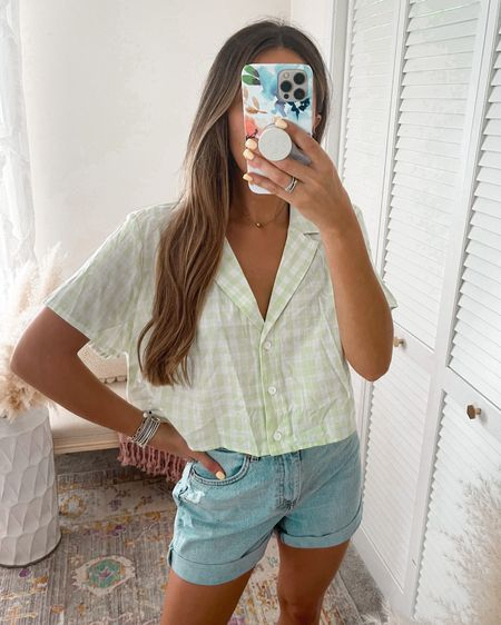 Gingham Button Up Crop and Mom High Waisted Denim Shorts   Wearing size L in the top and 4 in shorts   http://liketk.it/3k2eM #liketkit @liketoknow.it @liketoknow.it.europe @liketoknow.it.brasil @liketoknow.it.family @liketoknow.it.home #LTKtravel #LTKstyletip #LTKunder50