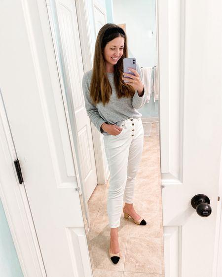 Wearing white pants in fall 🤍 http://liketk.it/2ZPyA #liketkit @liketoknow.it #LTKunder50 #LTKunder100