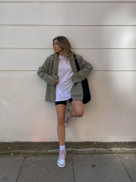 Smart casual outfits are the best kinda outfits! I love this another version oversized green blazer teamed with an oversized tee and cycling shorts for a smart casual look! I've finished the look with a pair of Nike Jordan 1 sneakers     #LTKeurope
