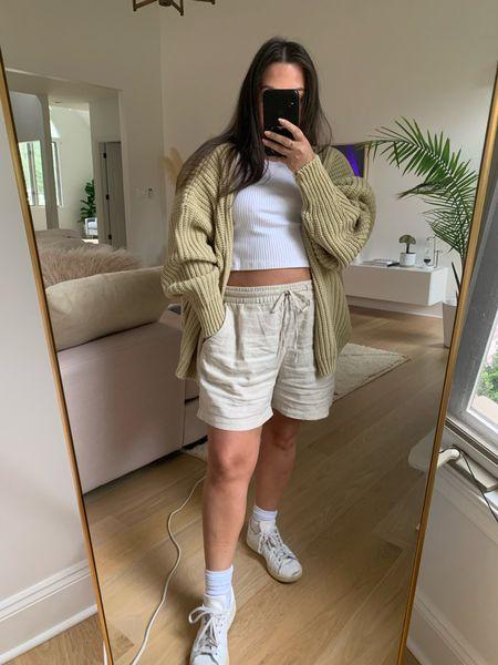 Cardigan linen shorts. Cardigan size 2/4. Runs big!   #LTKunder50 #LTKstyletip #LTKSeasonal