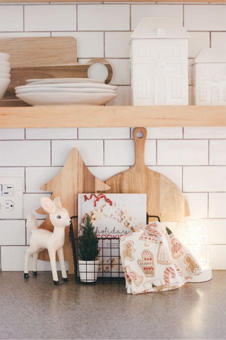 Holiday Kitchen Decor Shelfie http://liketk.it/32e4n #liketkit @liketoknow.it #LTKhome #StayHomeWithLTK #LTKfamily @liketoknow.it.home @liketoknow.it.family