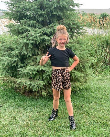 Little girls cheetah outfit fits TTS. She's wearing a size 8. http://liketk.it/3iHyA http://liketk.it/3iHzw #liketkit @liketoknow.it #LTKkids #LTKunder50 #LTKunder100