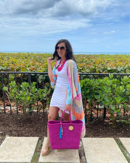 Go BOLD or go Home...pretty sure that should be the marketing tag for this beautiful colorful kimono!   One of my favorite purchases from Spring 2020 and I still constantly grab for it, I'm sure you all can see why...it makes a statement. 😍  Snagged my favorite bodycon dress in white for a trip to the Sunshine ☀️ State...ladies it's seriously so good! But made sure to review this and the lower cost alt in stories, sharing the pros and cons of both options!  You can shop the rest of my looks one of these easy ways!  1️⃣ Click the link in my Profile 2️⃣ DM me for any links 💕 3️⃣ Screenshot a look for the @liketoknow.it app 4️⃣ Follow me @stephstyle101 on the FREE @liketoknow.it app to get all the shopping details of this outfit and all my other outfits. http://liketk.it/3iw71 #liketkit #LTKshoecrush #LTKstyletip #LTKcurves