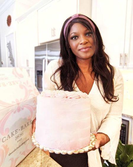 Surprised with the birthday cake of my Cake Bake Shop cake of my dreams! Gorgeous and incredibly delicious 🎂   http://liketk.it/30q2u @liketoknow.it #liketkit #cakebakeshop #williamssonoma #birthday #birthdaycake