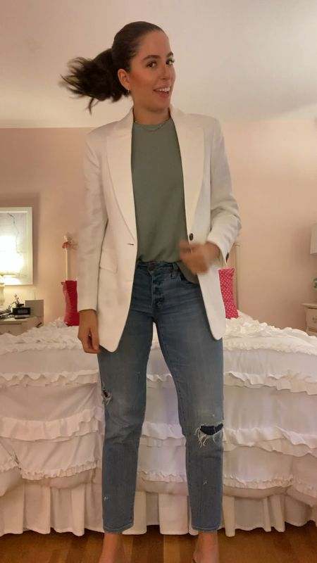 Back to school, boyfriend jeans, white blazer, how to style a blazer, fall transition outfits, summer to fall, fall fashion,   #LTKbacktoschool #LTKunder100 #LTKfit