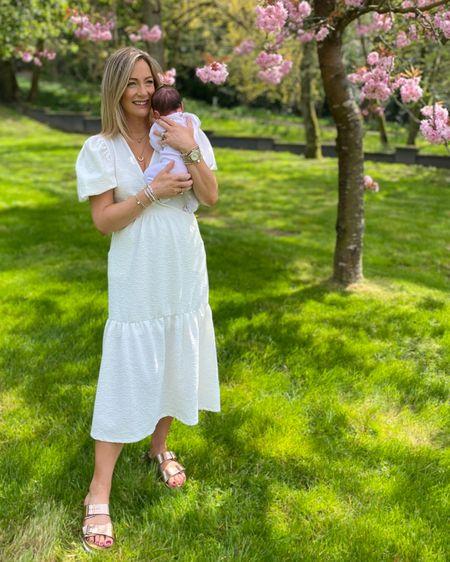 The leg ye white dress for summer 😎   @liketoknow.it #liketkit http://liketk.it/3dQTS #LTKfamily #LTKeurope #LTKstyletip @liketoknow.it.europe